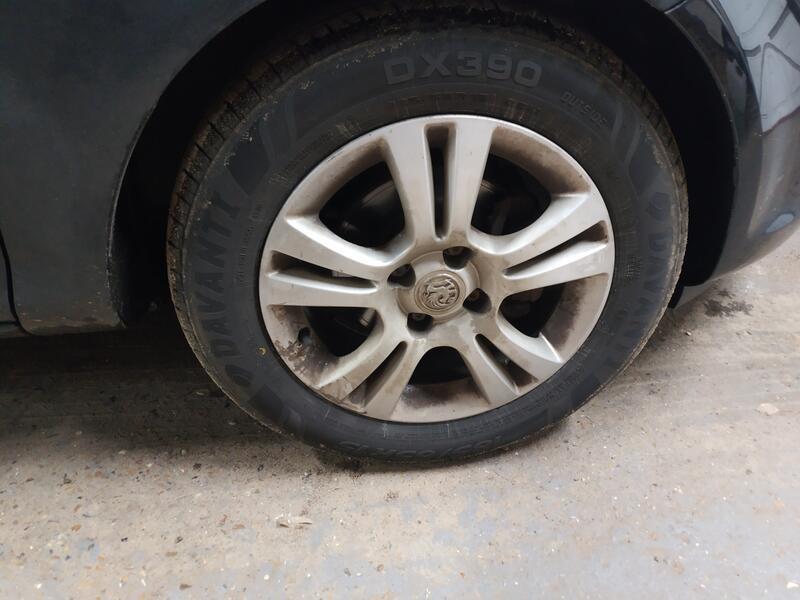 Corsa Wheel
