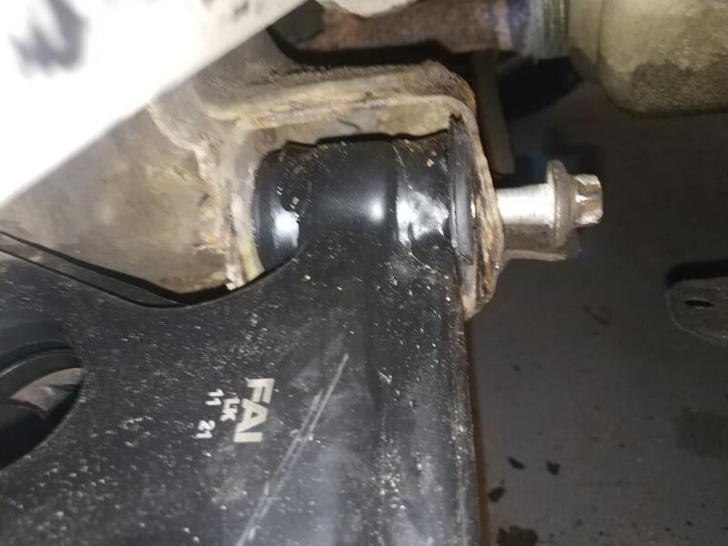 Forward LCA mounting bolt