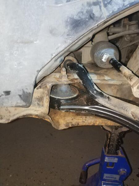 Rear LCA mounting bolt